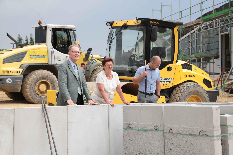 Außergewöhnlich Landrat besucht die Firma Gaissmaier Landschaftsbau #LQ_29